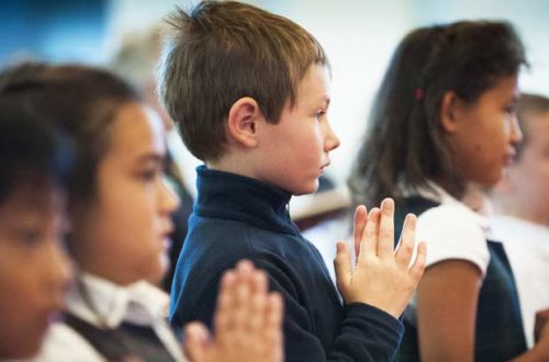 misa con niños osvaldo santagada
