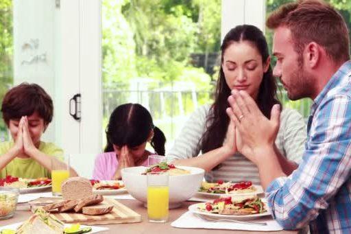 rezar en familia vivir en comunion
